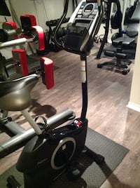 Health rider upright bike barely used, great condition.  Toronto, M8Y 1J9