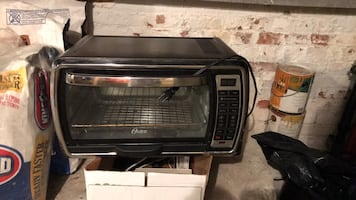 Countertop conventional oven