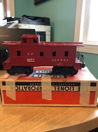 """Two Lionel """"O"""" gauge train cars Middle River"""