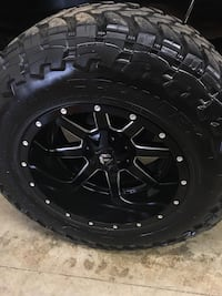 Used Wheel And Tire Package 37 Toyo Tires 20 Fuel Wheels For Sale