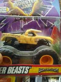 black and yellow RC toy car in box Fayetteville, 37334