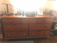 Brown wooden 6-drawer dresser from pottery barn 23 km