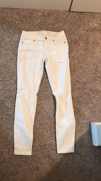 White jean leggings  Wilmington, 28411