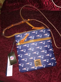 Dooney & Bourke New England Patriots Crossbody bag