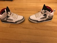 Nike Jordon Spizike BG - Size 5 Youth Indian Head