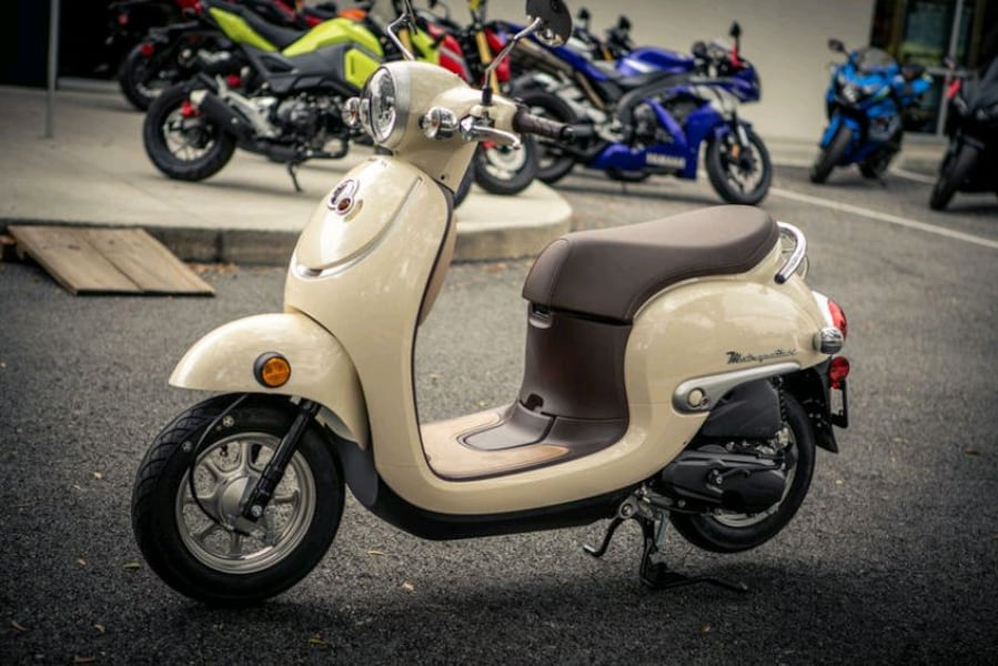 2019 Honda Metropolitan Scooter, Almost New 9d3db813-0cf3-4e77-b908-8a2f61e66a6d