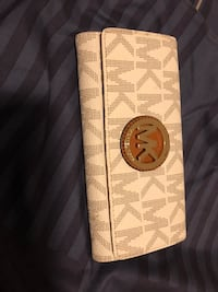 MK white purse and wallet set