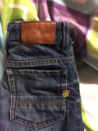 SIZE 8 WOMANS ALMOST BRAND NEW TOMMY HILFIGER JEANS Winnipeg, R2X 0X8