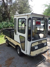 E-Z-Go truck with toolbox gas