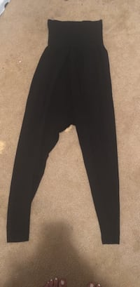 black and gray sweat pants Atlanta, 30349