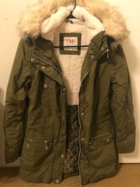 Women's YMI Designer Jacket        Size: Medium /Condition: Lightly used /Color: Army green Thousand Oaks
