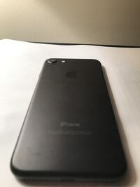 Black iPhone 7 128gb Hamilton