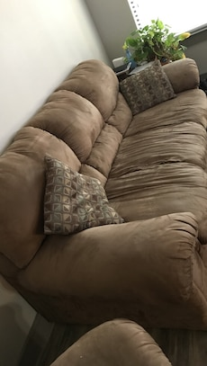Neat clean Couch for 200