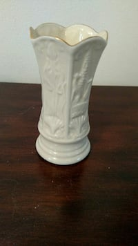 Vase - small, about 3 inches high Mansfield, 02048
