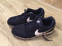 Nike MD Runner 2 10.5 men's Vienna, 22181