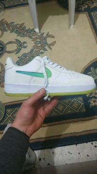 Nike Air Force 1 Low Jelly Swoosh