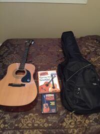 Acoustic Guitar & Carrying Bag Bolton