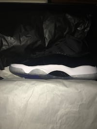 Air Jordan 11 Space Jam Little Rock