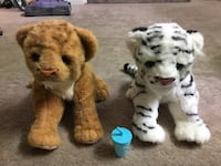 FurReal Friends Jungle Cat (White Tiger Cub) and a Baby lion toy Roselle, 60172