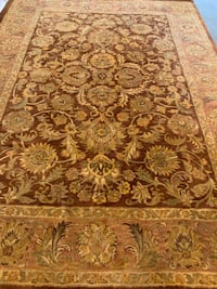 Beautiful Hand-knotted Wool Rug 8x11, if new $2500 Bethesda