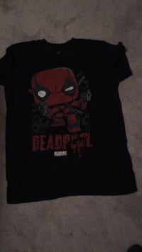 Dead pool shirt  Port Moody, V3H 1S1