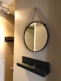 Hanging Entryway Round Mirror with Rope in Perfect Condition Toronto, M2N 4E5