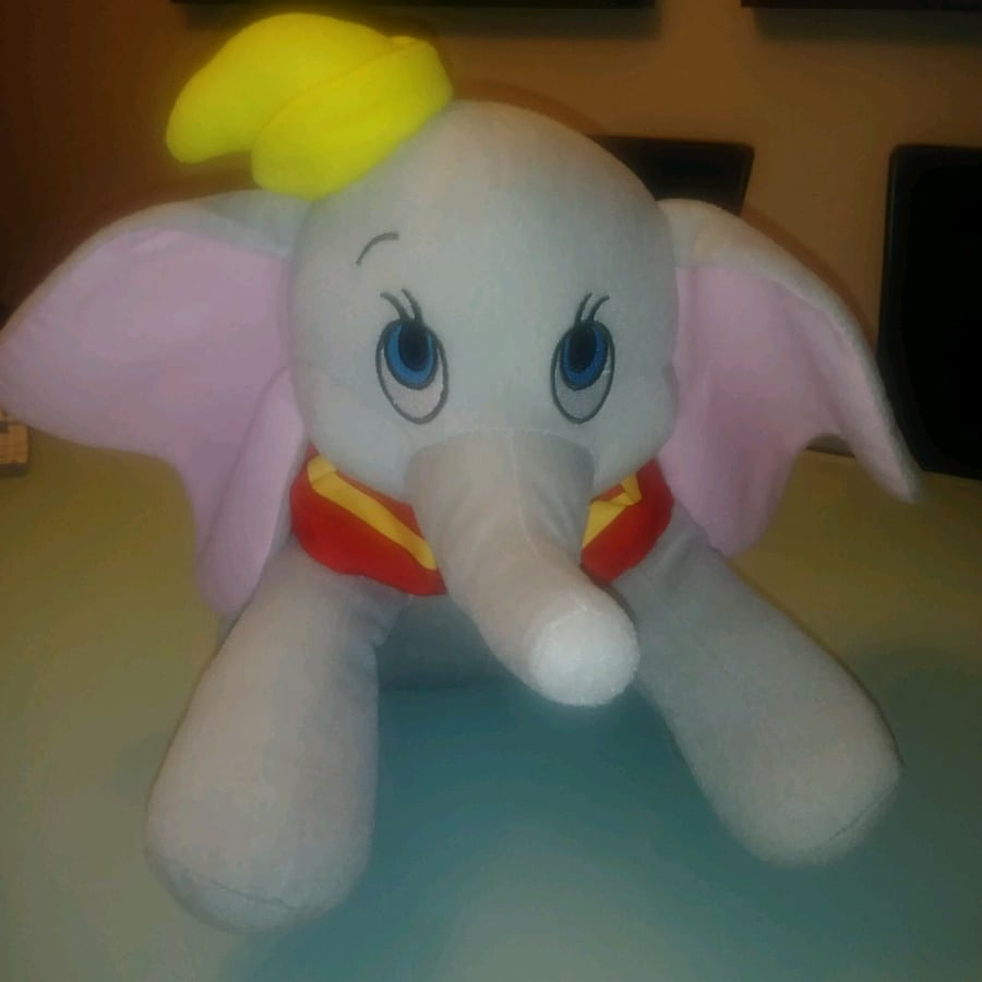 Preowned: disney dumbo plush stuffed animal  Excellent condition Just