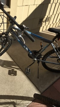 blue and gray Huffy hardtail mountain bike