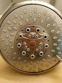 SHOWER HEAD SILVER 5 inches.