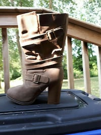 women's gray suede boots Sarnia, N7V
