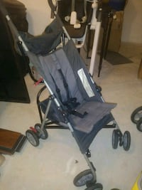 baby's black and gray lightweight stroller St. Augustine, 32086