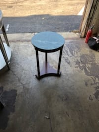Marble End Table 31 km
