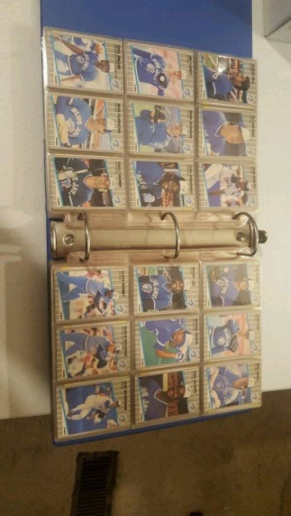 Fleer card set with uncute 4 card sheet  ed6e3fc7-be1a-44cb-97a8-783617d1bbf8