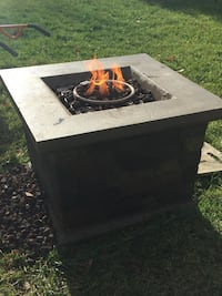 Propane Fire Pit $300 works great Leesburg, 20176