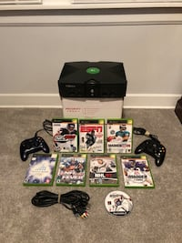 Microsoft Xbox System with Games  Burbank, 60459