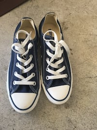 Pair of blue converse all star low-top sneakers 2265 mi
