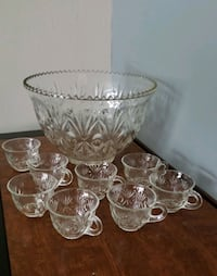 Crystal Glass Punch Bowl and matching 6 cup Set