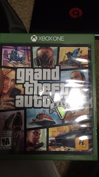 Xbox one grand theft auto five  3733 km