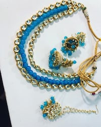 blue and yellow beaded necklace New York, 11212