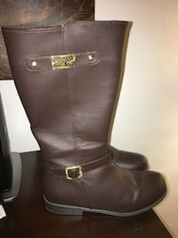 Brown MK boots Virginia Beach, 23452