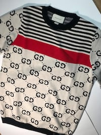Gucci sweater size large 275$ New York, 11233