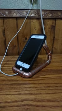 Cell phone holder and changing dock Lethbridge, T1H 3R9