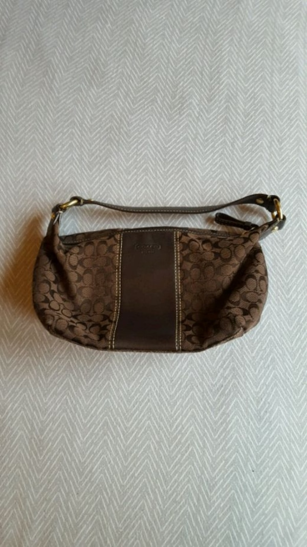 cb5b76081300ef Used Small Coach purse for sale in Dallas - letgo