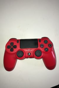 Red Ps4 controller  Edmonton, T5Z 1W5
