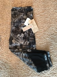 Balance High-Waist Cropped Leggings, Size Large Myrtle Beach, 29572