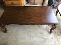 Mahogany Coffee table and 1 end. Excellent condition. Herndon, 20171