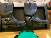 pair of black leather boots Calumet City, 60409