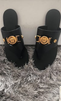 BRAND NEW AUTHENTIC LEATHER VERSACE SANDALS Vaughan, L4H 4C3