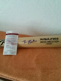Keon broxton autographed full size bat Independence, 64055
