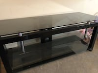 TV stand hold up to 55inch tv